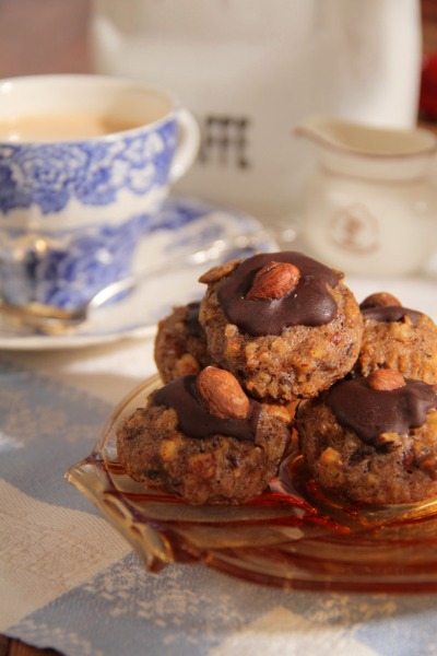 Nut Cookies from Low Carb High Fat Cooking for Healthy Aging Photo: Mikael Eriksson